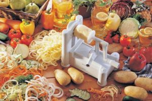 Paderno World Cuisine 3-blade Spiralizer
